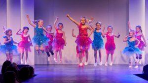 Matchless Tanzschule Kindertanz Auftritt Zugermesse